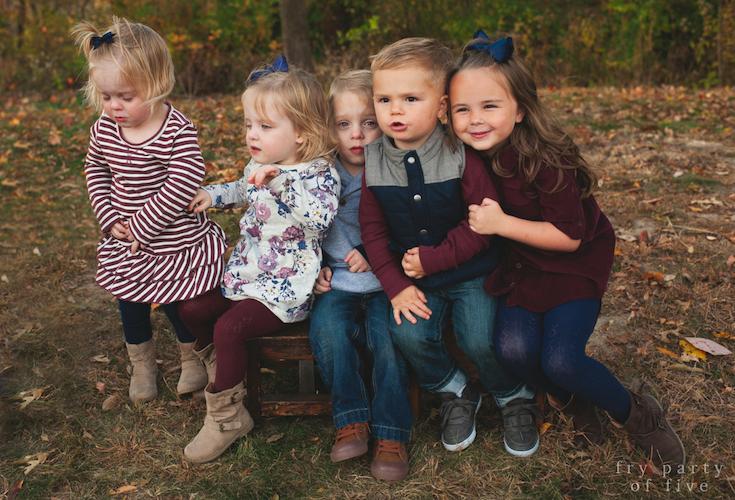 Burgundy, Navy, Gray fall family photo color scheme